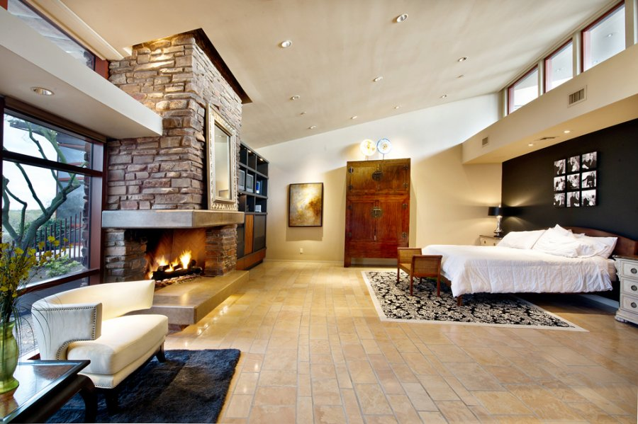 Http Imgarcade Com 1 Biggest Master Bedroom In The World