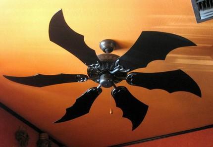 Behold, some of my Batgear.  The Batfan.