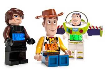 If a Toy Story Lego can tell the time, then clothes certainly should be able to.